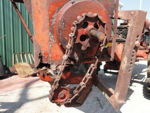 Auger from Ford One-Row Picker Sheller