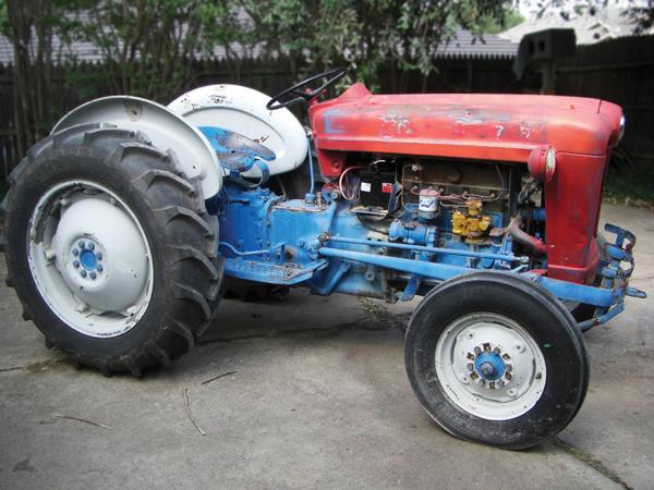 64 Ford 601 Tractor : Diesel workmaster n news
