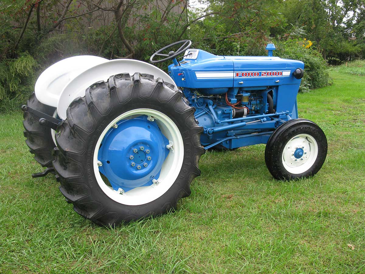 Industrial Ford 2000 Tractor : Ford n news